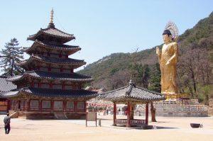 Туры в Корею из Владивостока - древний храм